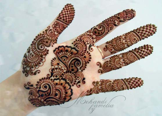Most-Stylish-Mehndi-Design