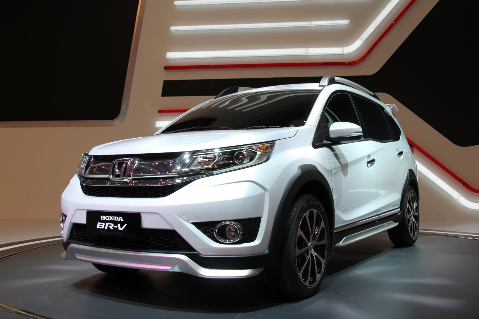 top 10 upcoming cars anticipated to run in india in 2017. Black Bedroom Furniture Sets. Home Design Ideas