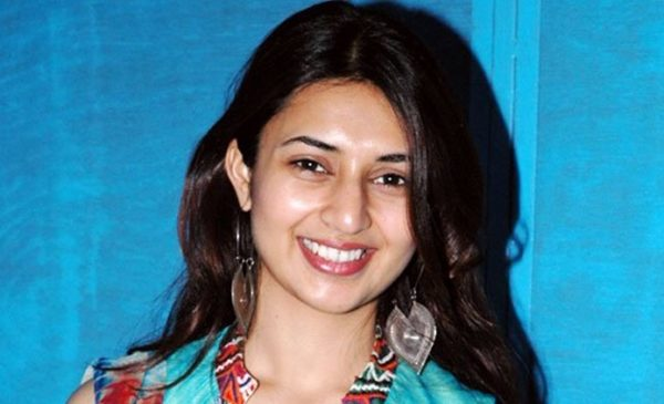Divyanka Tripathi earlier days pic