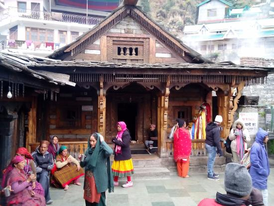 Visit Vashist Temple and Water Springs
