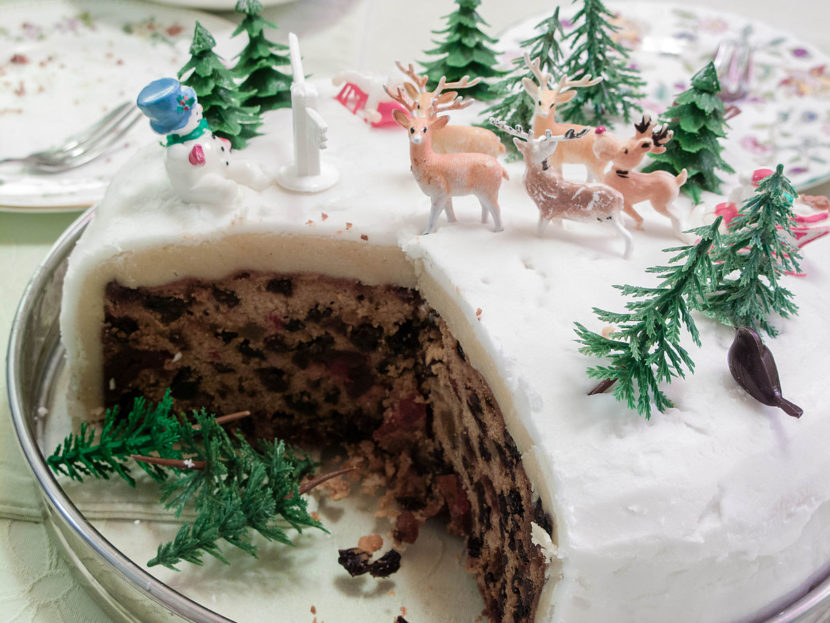 Top 10 Awesome Christmas Cake Ideas