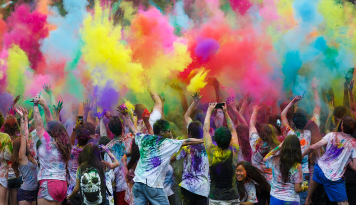 Top 10 Most Effective Tips to Plan Holi Party